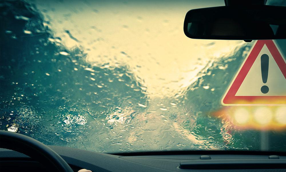 Chauffeured Car vs the Traffic vs L.A. in the Rain